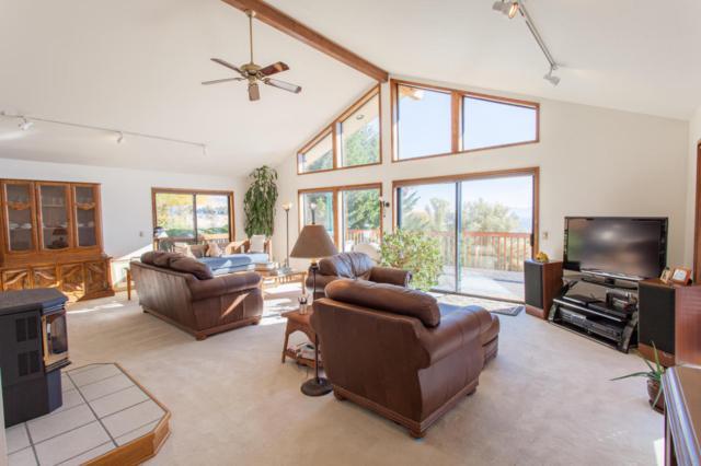 4356 Anna Ln, Wenatchee, WA 98801 (MLS #715399) :: Nick McLean Real Estate Group