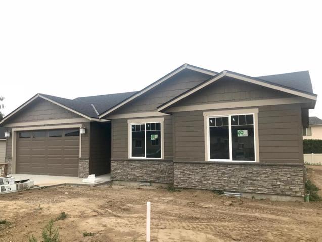 199 Pershing Circle, Wenatchee, WA 98801 (MLS #715519) :: Nick McLean Real Estate Group