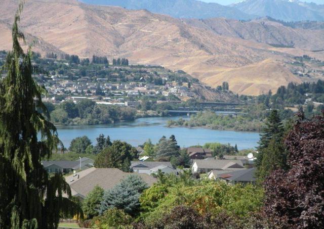 2776 N Breckenridge Dr, East Wenatchee, WA 98802 (MLS #716594) :: Nick McLean Real Estate Group