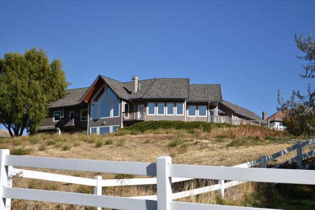 4305 W Eaglerock Dr, Wenatchee, WA 98801 (MLS #717350) :: Nick McLean Real Estate Group