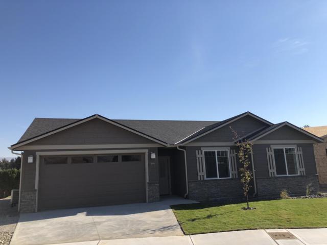 191 Pershing Circle, Wenatchee, WA 98801 (MLS #715518) :: Nick McLean Real Estate Group