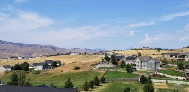 112 Elizabeth Ct, Wenatchee, WA 98801 (MLS #716055) :: Nick McLean Real Estate Group