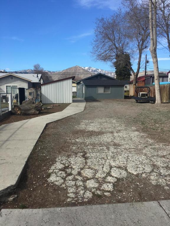 618 Highland Dr, Wenatchee, WA 98801 (MLS #715247) :: Nick McLean Real Estate Group