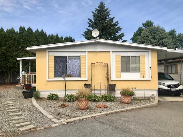 1311 Maple St #7, Wenatchee, WA 98801 (MLS #718606) :: Nick McLean Real Estate Group