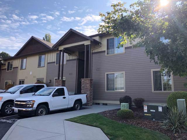 1051 N Baker Ave B-102, East Wenatchee, WA 98802 (MLS #720037) :: Nick McLean Real Estate Group