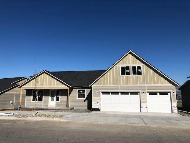 1017 Spring Mountain Dr, Wenatchee, WA 98801 (MLS #720824) :: Nick McLean Real Estate Group