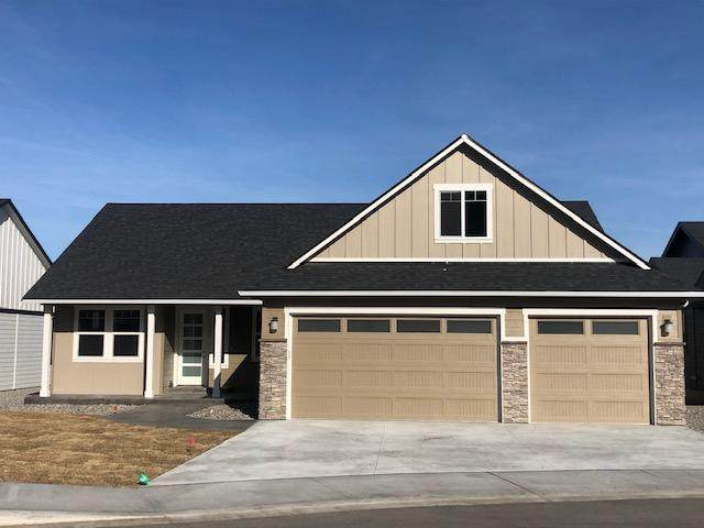 981 Spring Mountain Dr, Wenatchee, WA 98801 (MLS #720250) :: Nick McLean Real Estate Group