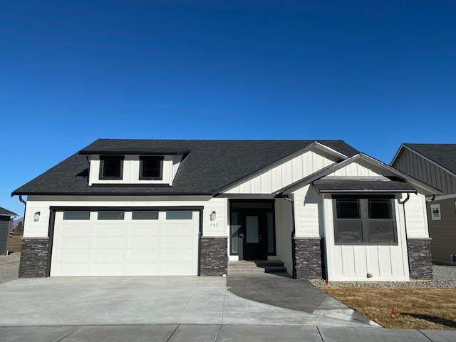 985 Spring Mountain Dr, Wenatchee, WA 98801 (MLS #720258) :: Nick McLean Real Estate Group