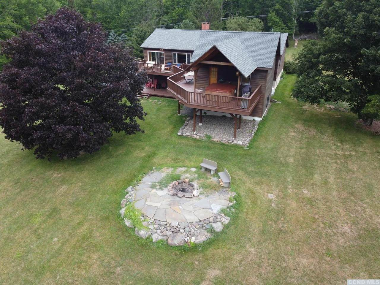 628 Mitchell Hollow Road - Photo 1