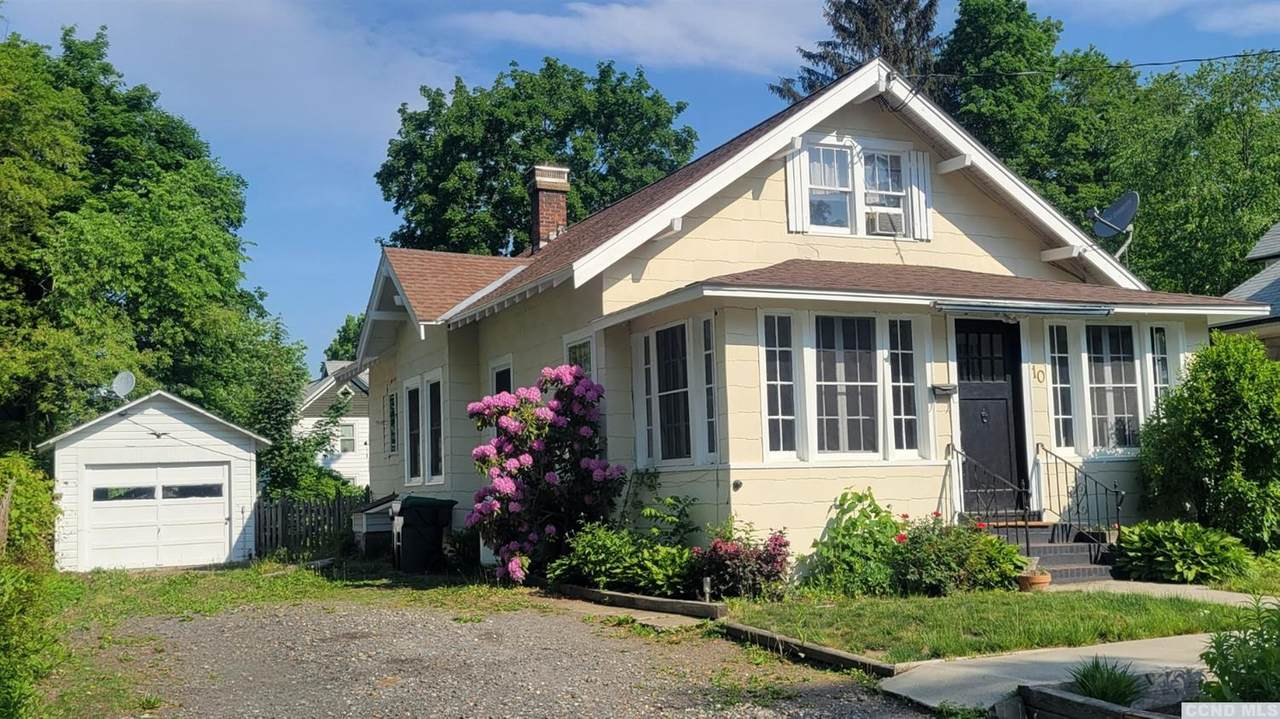 10 Houseman Avenue - Photo 1