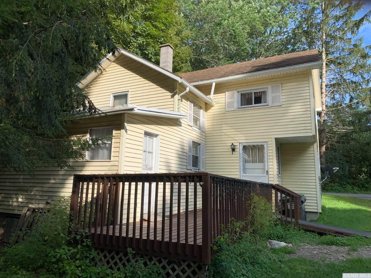 9 Spring Hill Road - Photo 1