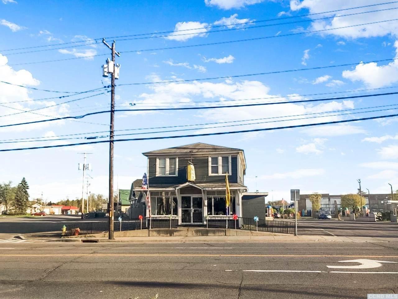 261 West Bridge St - Photo 1