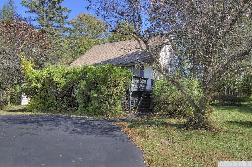 278 Sleepy Hollow Road - Photo 1