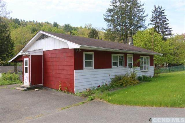 1439 State Route 143, Coeymans, NY 12046 (MLS #132218) :: Gabel Real Estate