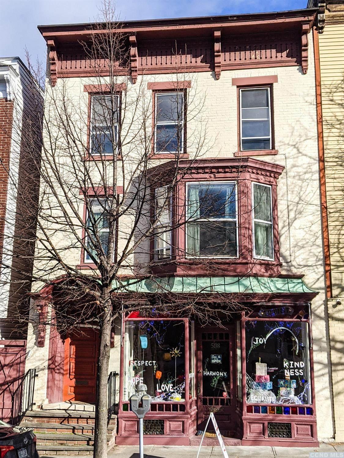 508 Warren Street - Photo 1