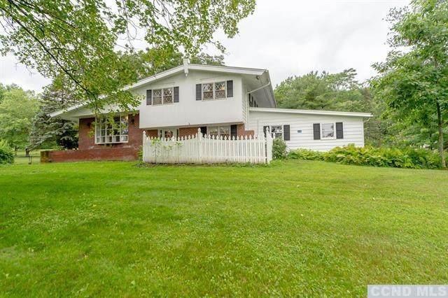 15 Cedar Lane, New Baltimore, NY 12124 (MLS #138443) :: Gabel Real Estate