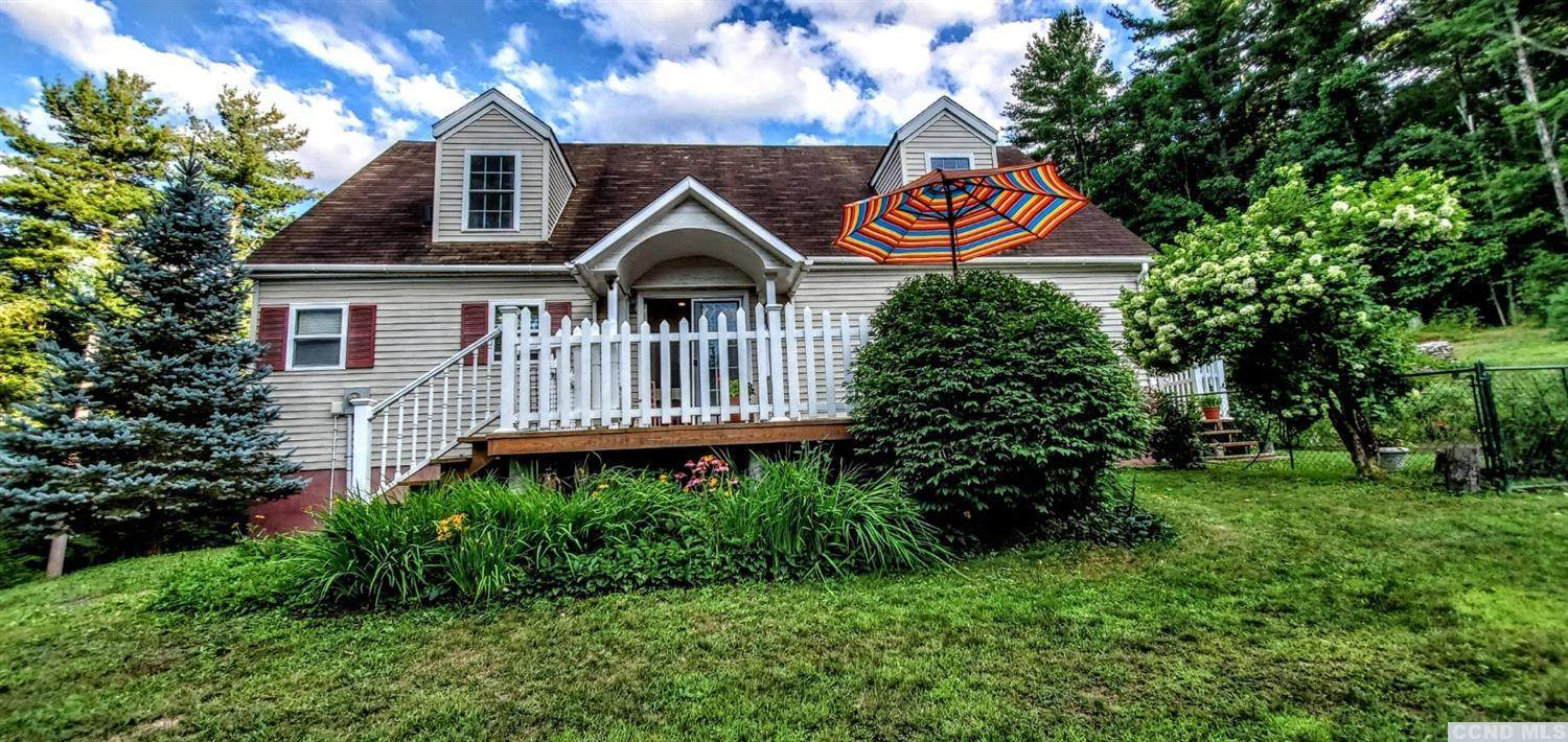 1678 County Route 9, Austerlitz, NY 12017 (MLS #133089) :: Gabel Real Estate