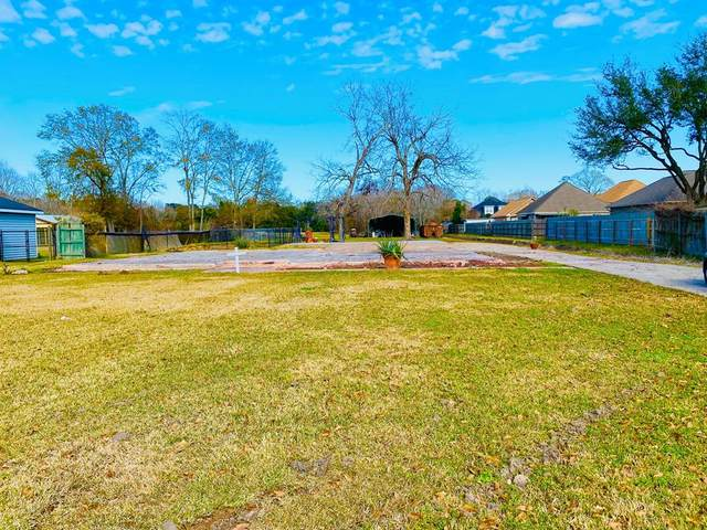 774 South Ave, Port Neches, TX 77651 (MLS #81870) :: Triangle Real Estate