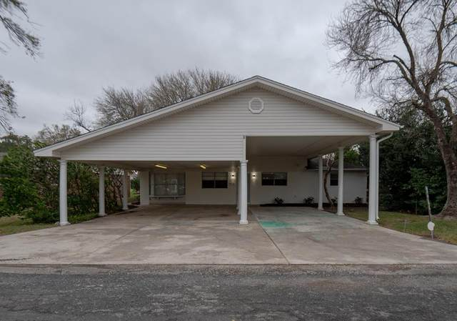 412 Kirkwood Dr, Port Neches, TX 77651 (MLS #81950) :: Triangle Real Estate