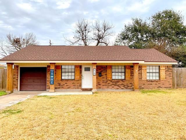 619 1st 1/2 St, Nederland, TX 77627 (MLS #81964) :: Triangle Real Estate