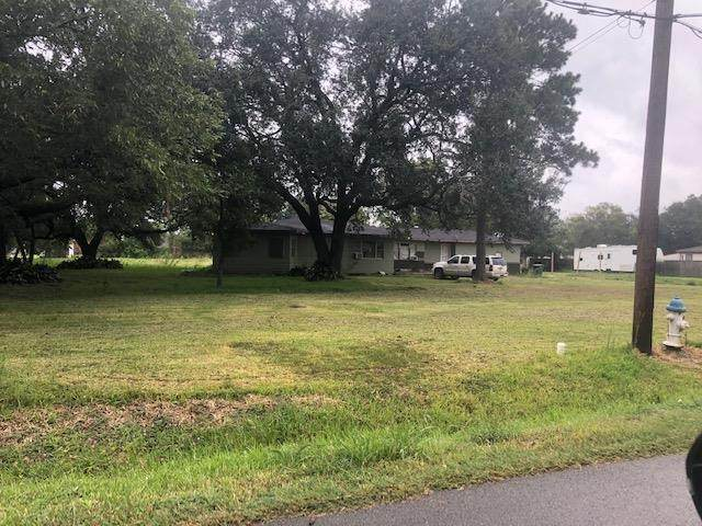 2379 64th St, Port Acres, TX 77640 (MLS #81376) :: Triangle Real Estate