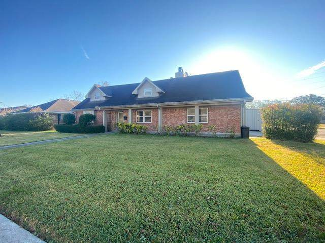 3175 Sandalwood Drive, Port Neches, TX 77651 (MLS #81717) :: Triangle Real Estate
