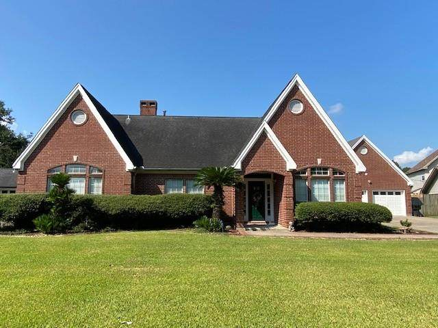 510 Carriage Ln, Nederland, TX 77627 (MLS #82771) :: Triangle Real Estate