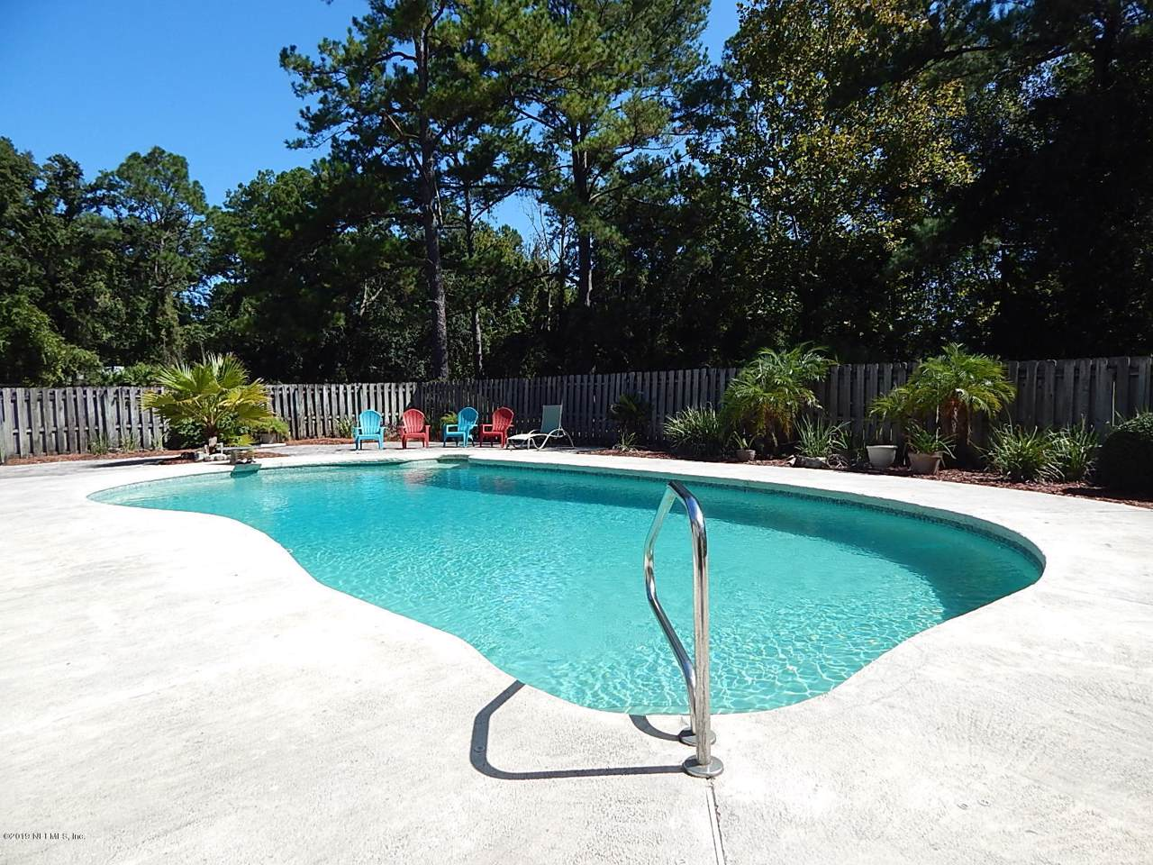 133 Whispering Winds Rd - Photo 1