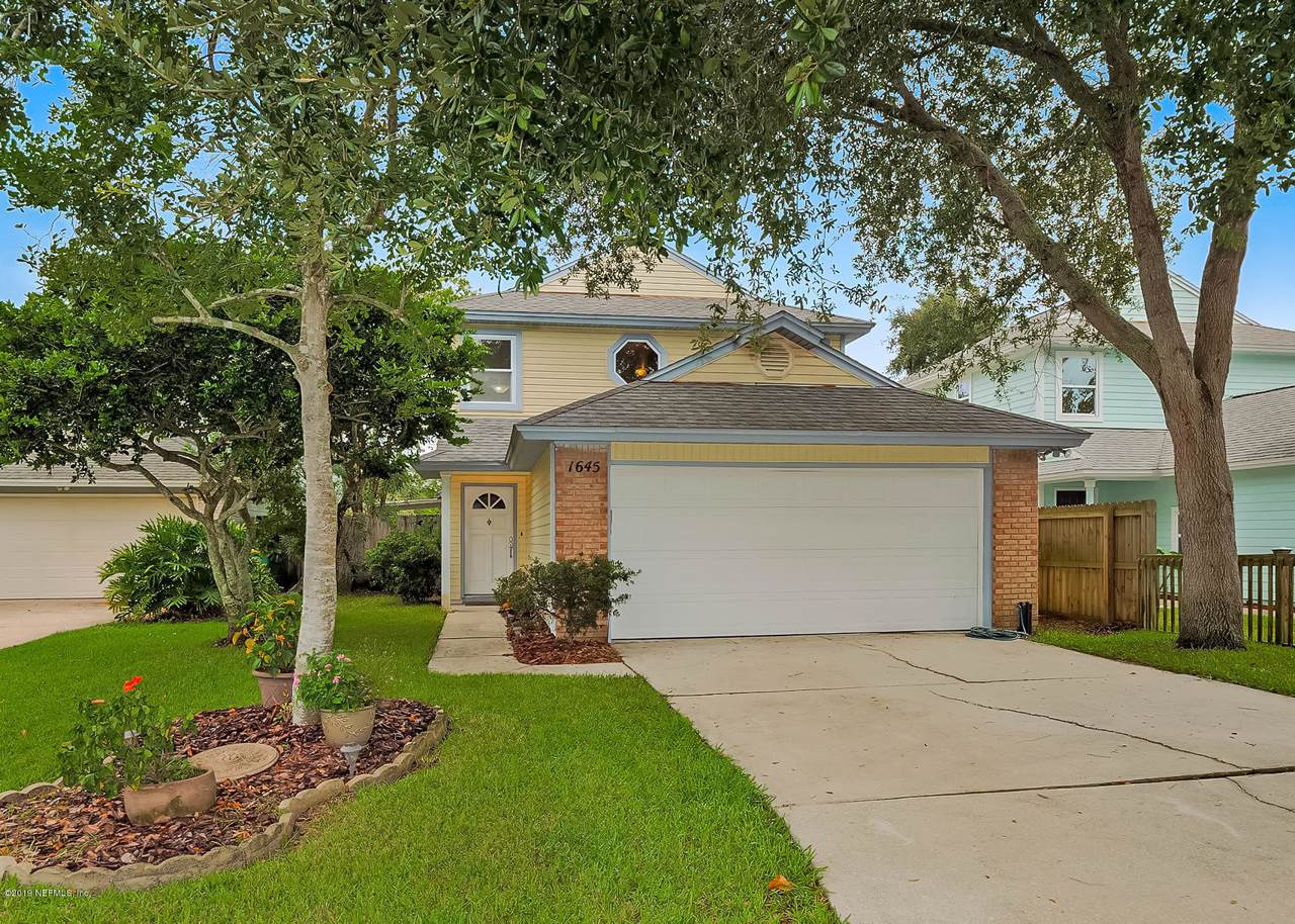 1645 Westwind Dr - Photo 1