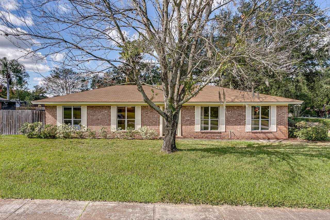 4072 Thicket Ln - Photo 1