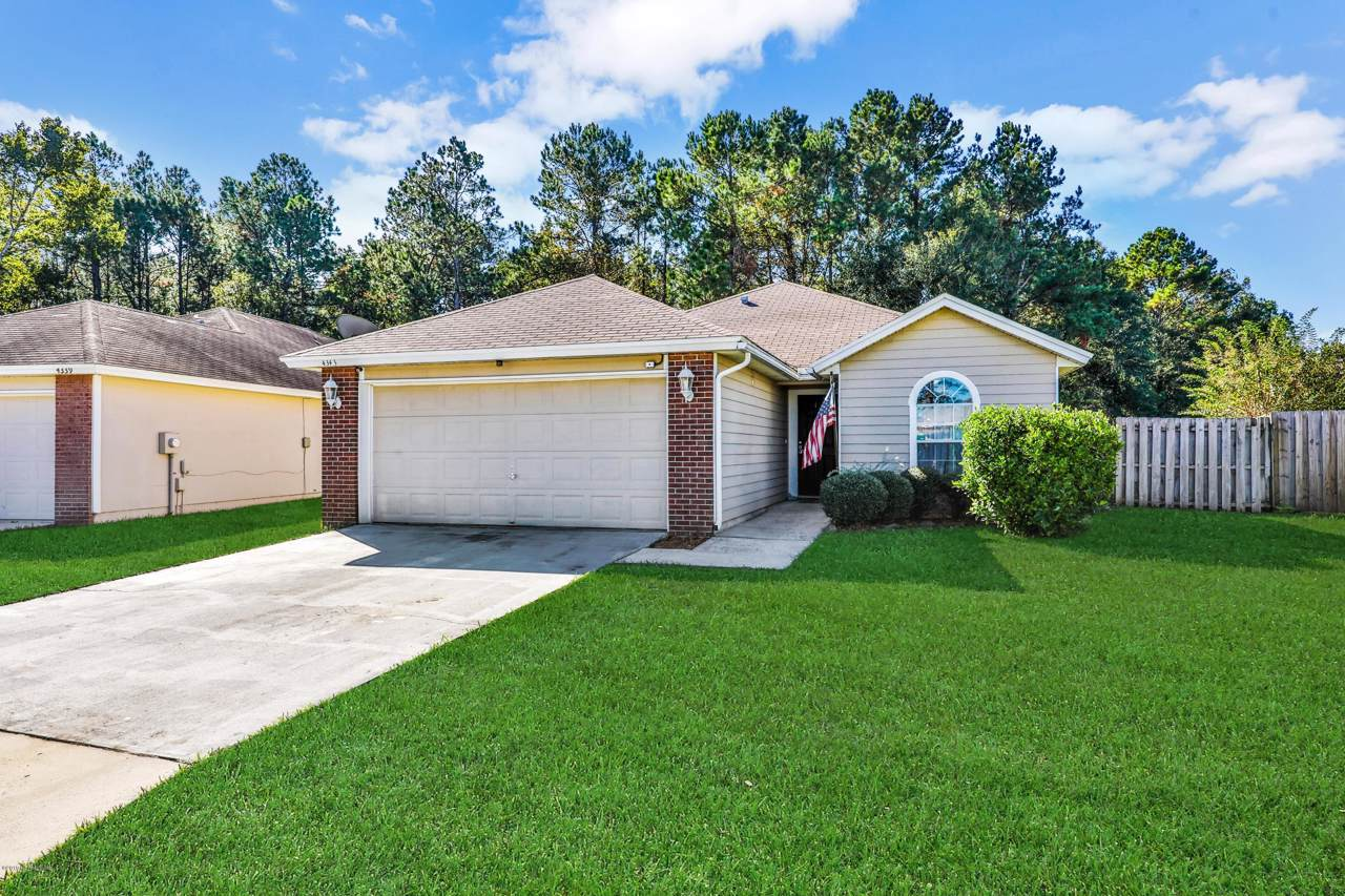 4343 Hanging Moss Dr - Photo 1