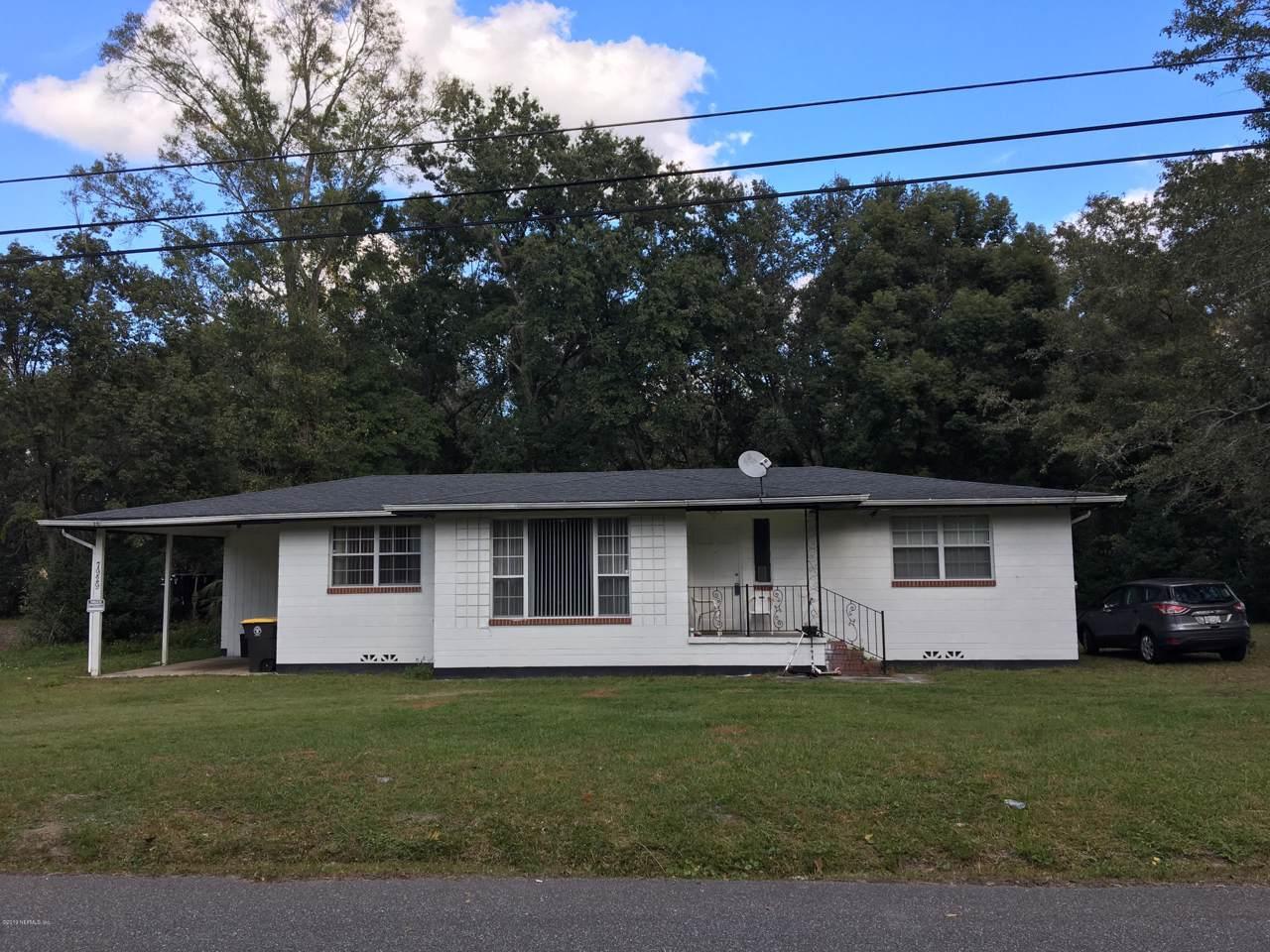 7929 Longspur Ave - Photo 1