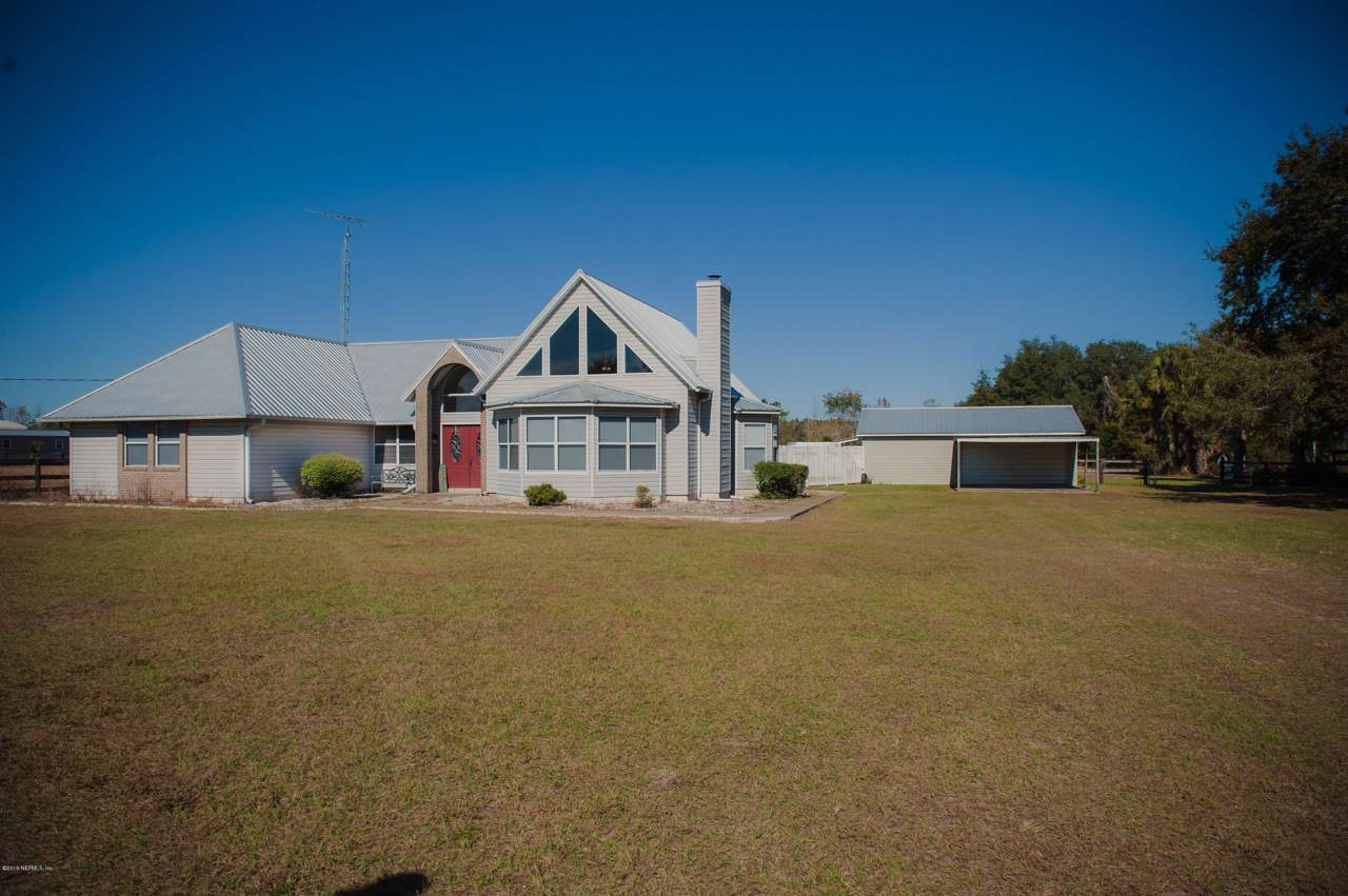 122 Queens Country Rd - Photo 1