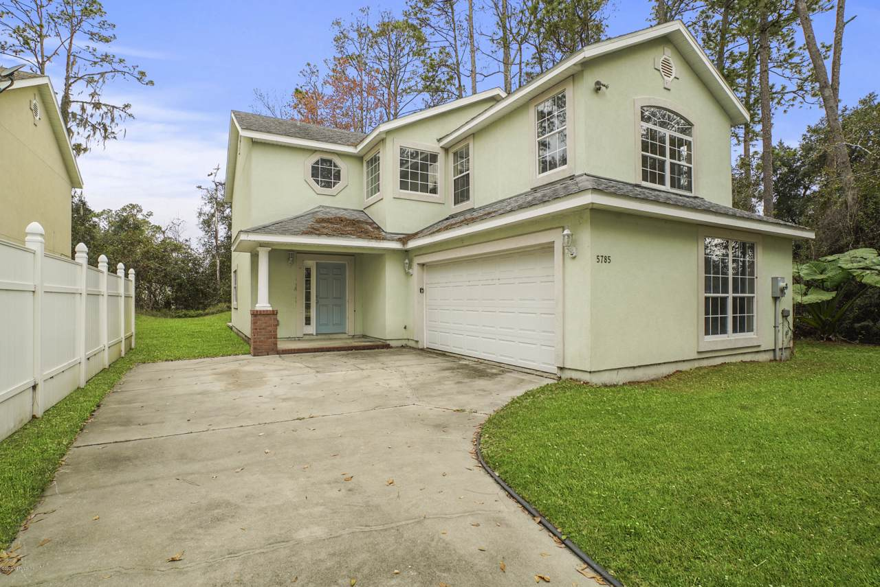 5785 State Rd 207 - Photo 1
