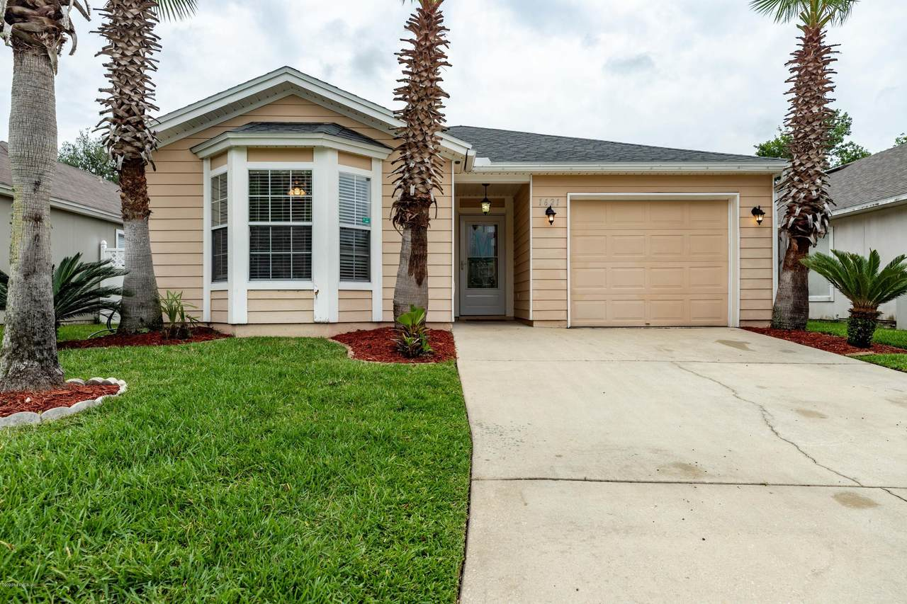 1621 Teaberry Dr - Photo 1