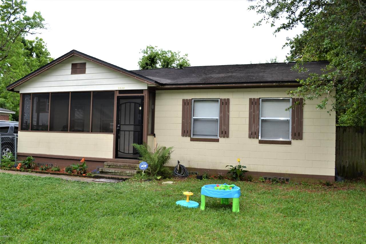 3330 Sunnybrook Ave - Photo 1
