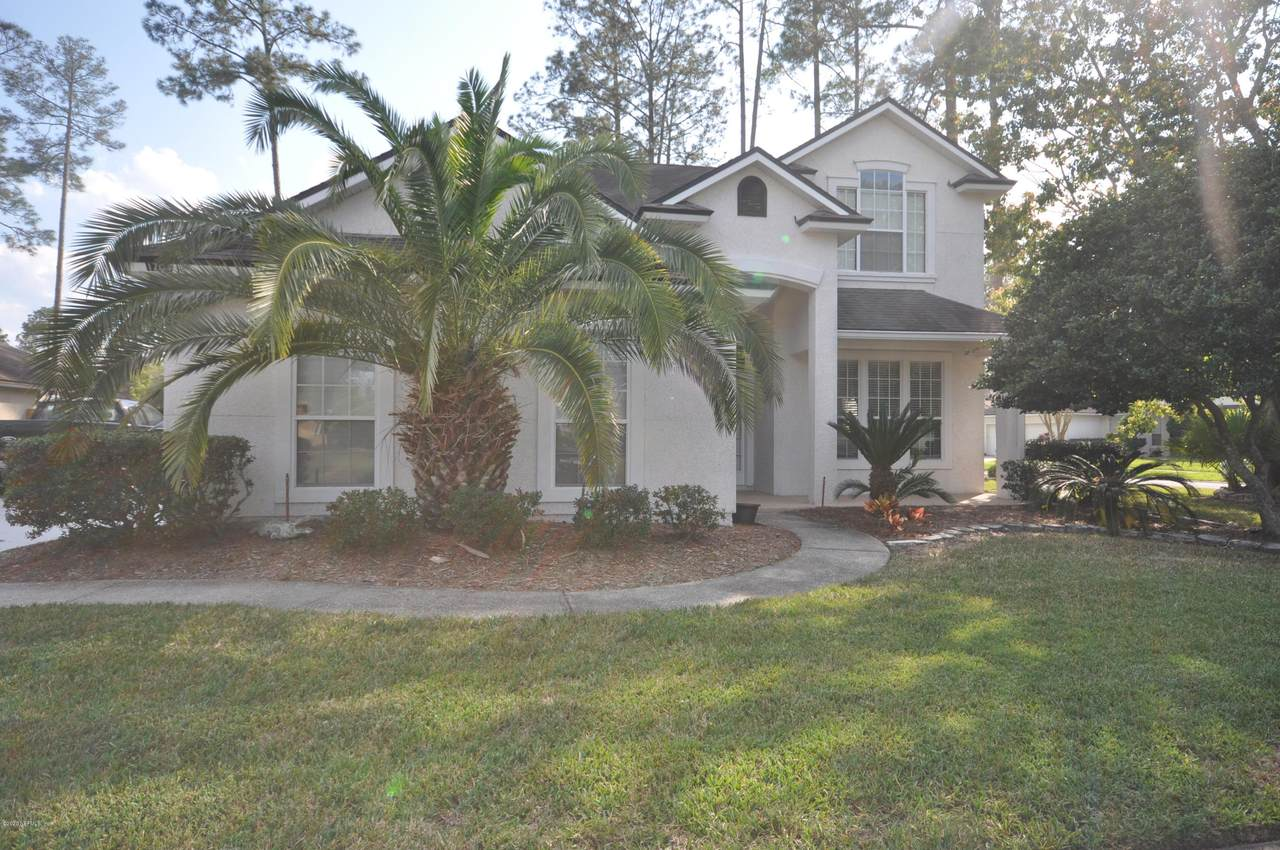 1704 Secluded Woods Way - Photo 1