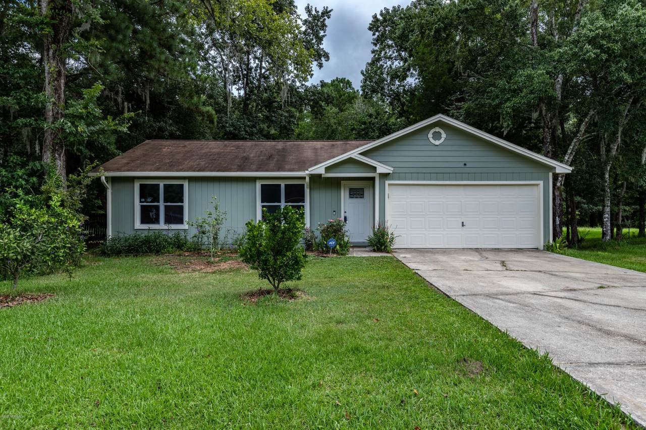 1605 Twin Oak Dr - Photo 1