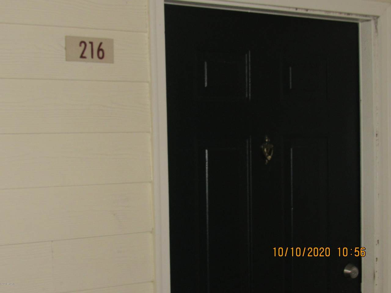 7800 Point Meadows Dr - Photo 1