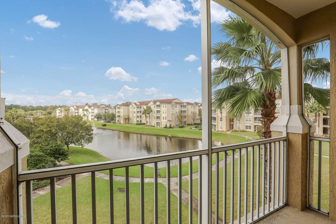 7801 Point Meadows Dr - Photo 1