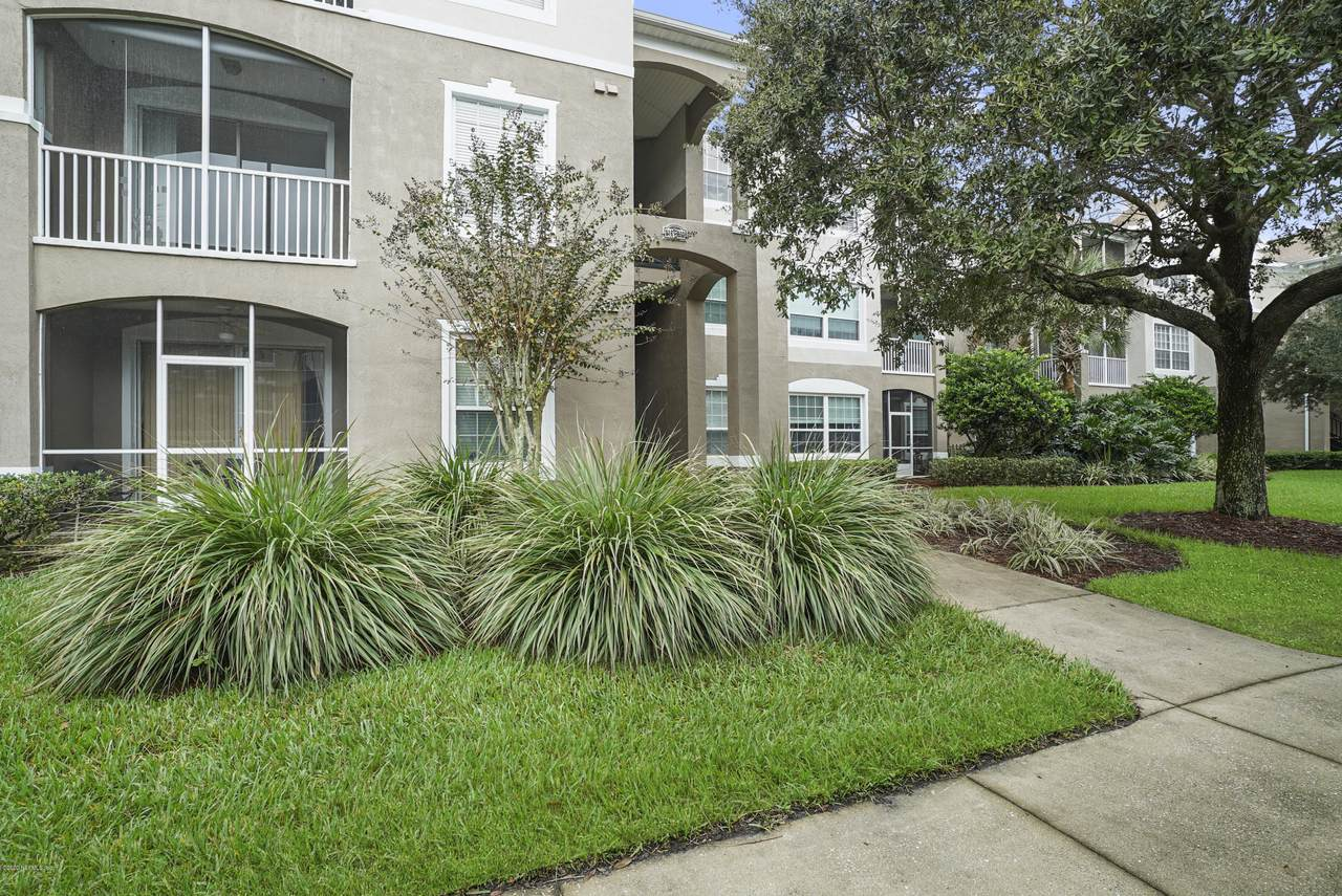 10550 Baymeadows Rd - Photo 1