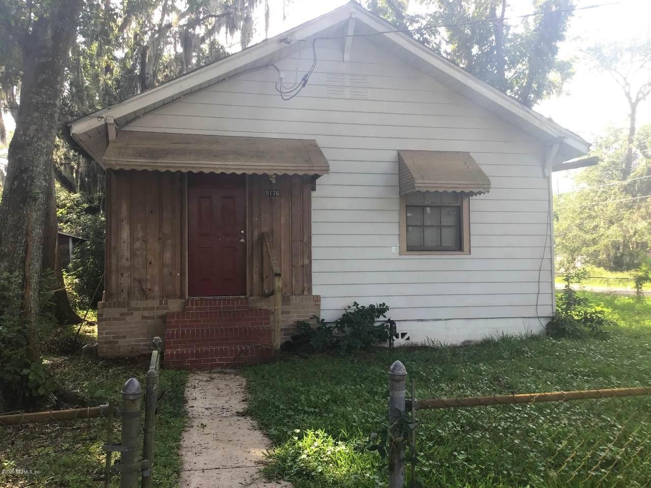 9176 Madison Ave - Photo 1