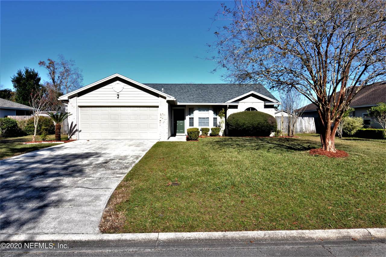 2938 Russell Oaks Dr - Photo 1