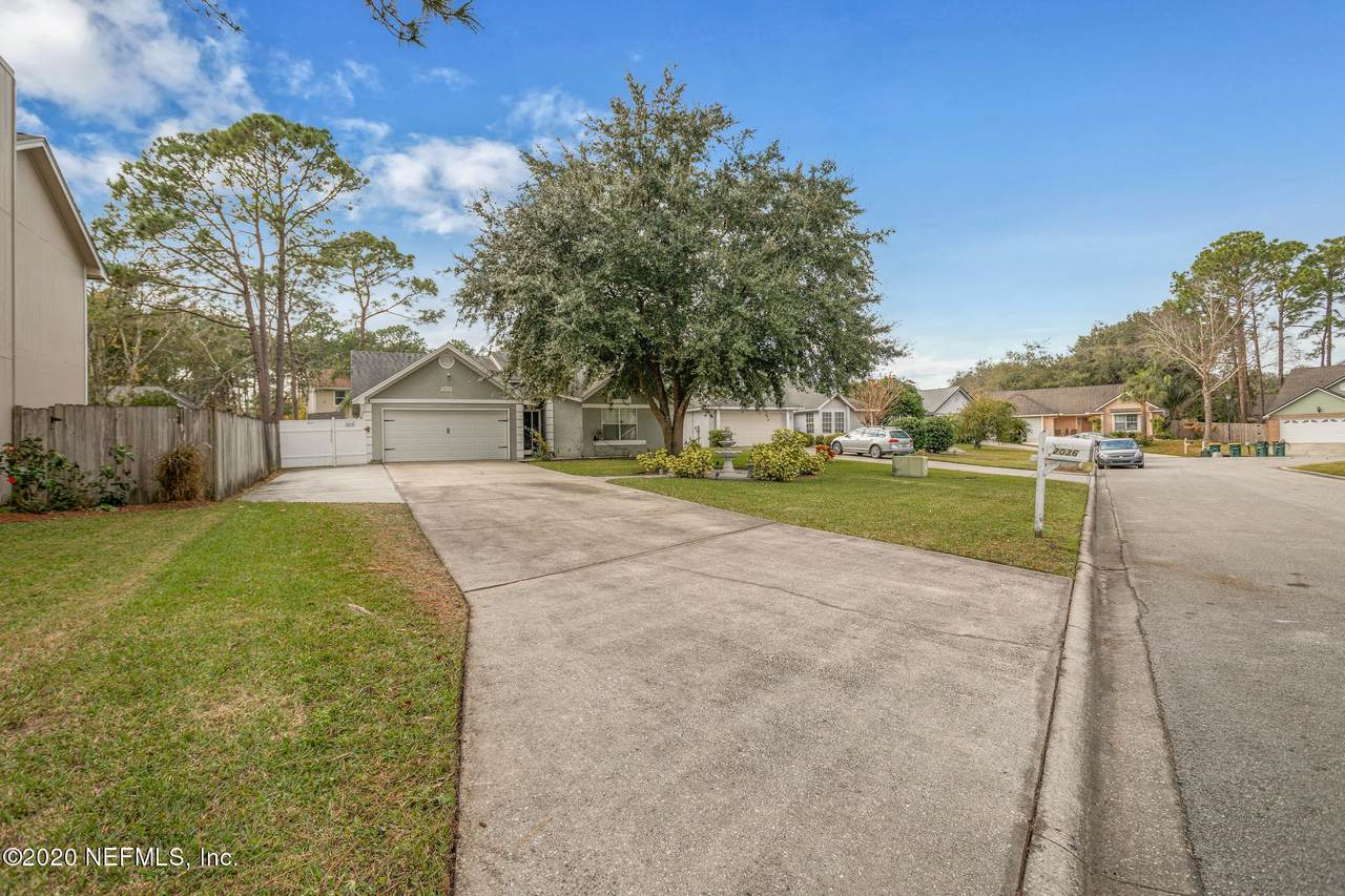 2036 Tanners Green Way - Photo 1