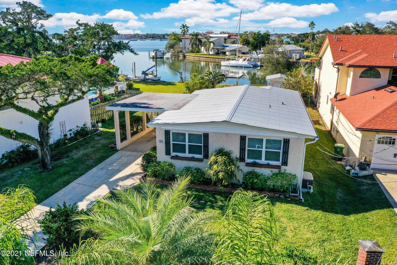 209 Matanzas Blvd - Photo 1