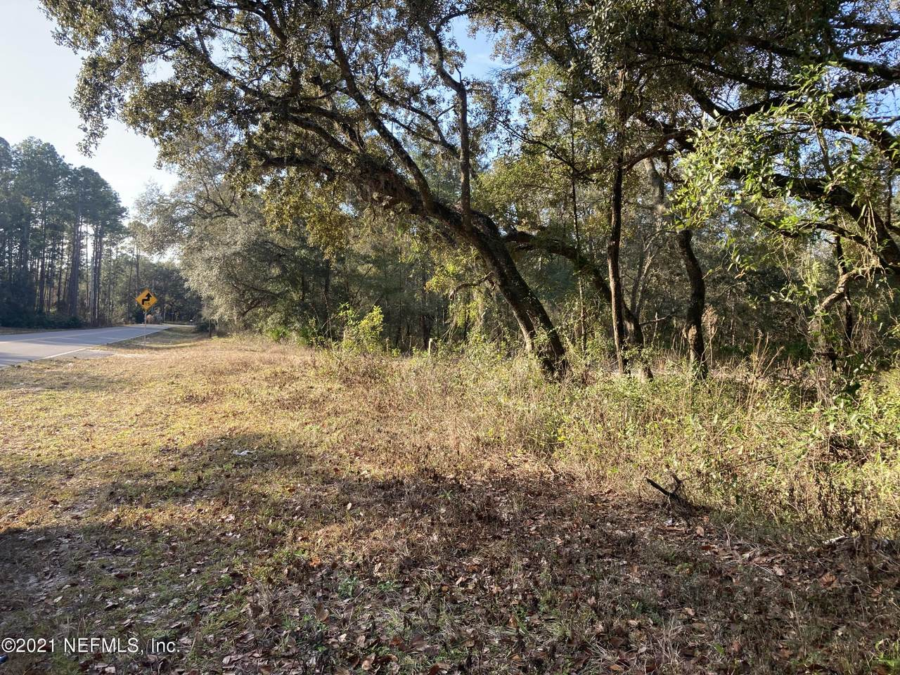 000 State Rd 20 - Photo 1