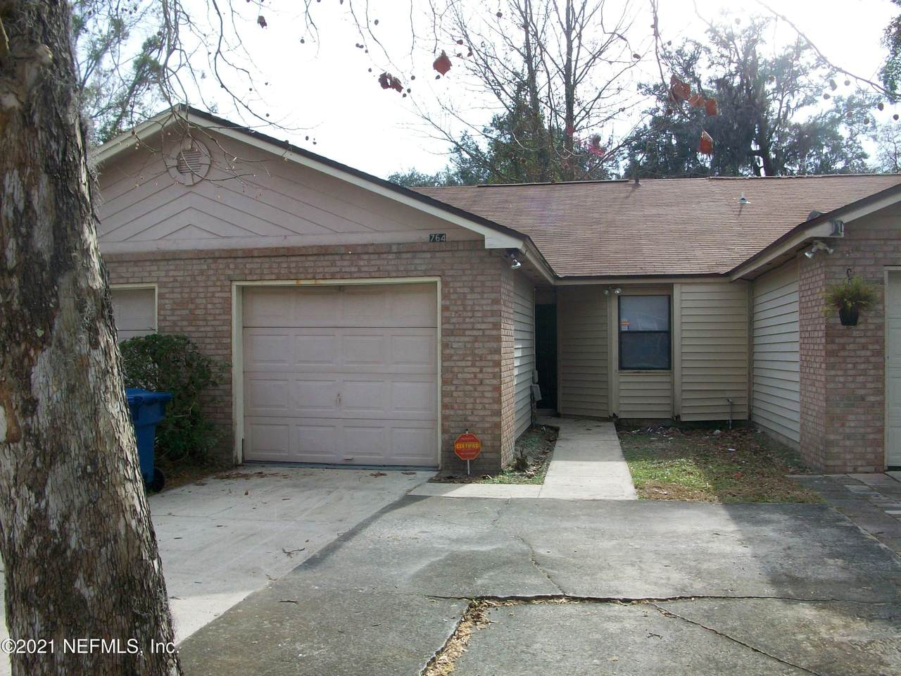 764 Northpoint Cir - Photo 1