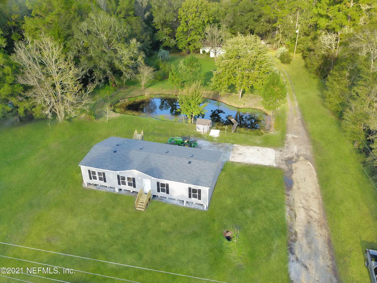 3173 Russell Rd - Photo 1