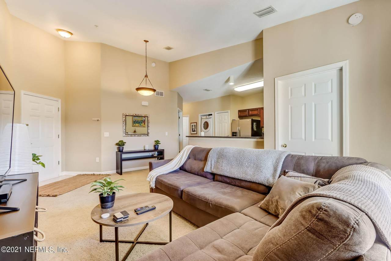 8227 Lobster Bay Ct - Photo 1