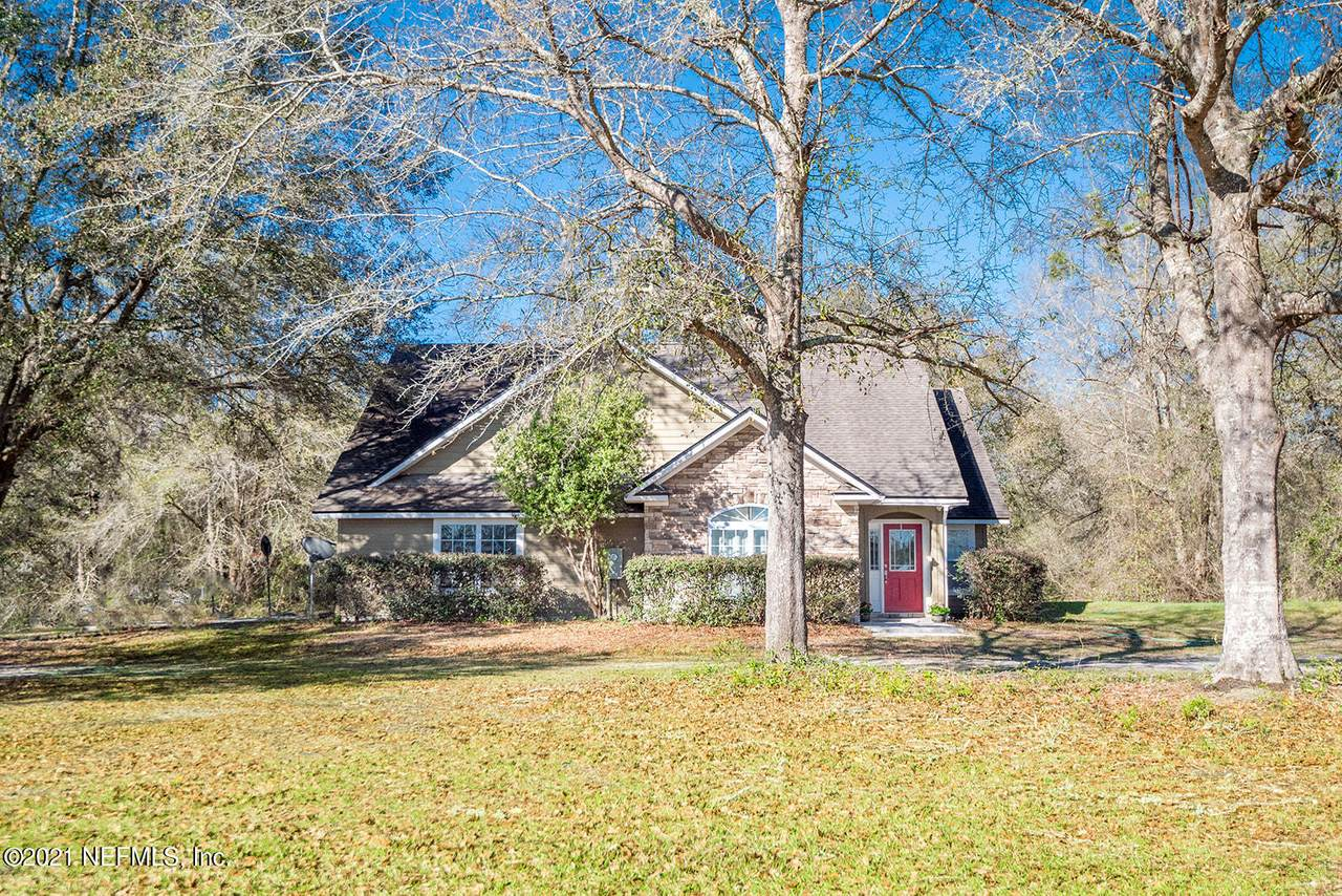 8203 County Road 796A - Photo 1